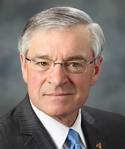 Snyder should veto ill-considered legislative bullying of ...
