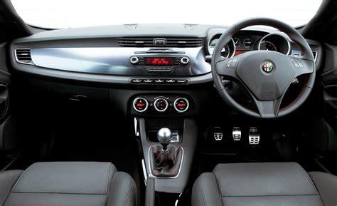 alfa romeo giulietta 2014 interior www imgkid the image kid has it