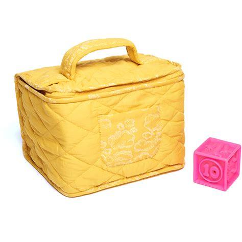 trousse de toilette b 233 b 233 nuages moutarde sweetcase pour chambre enfant les enfants du design