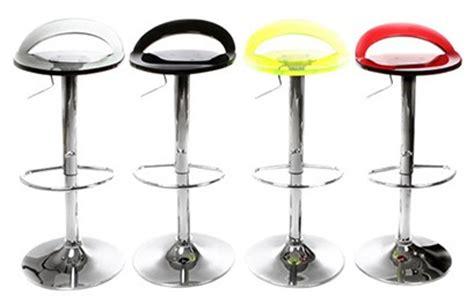 tabouret de bar assise plexiglas tabourets et chaises de bar meubles d 233 cos du monde