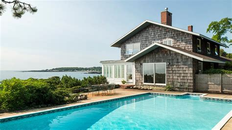 Maine Real Estate  1152 Shore Road, Cape Elizabeth, Me