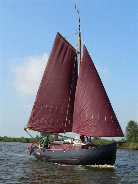 Zeiljacht Strijkbare Mast by Staverse Jol Huur Een Motorboot Huur Een Zeiljacht Of