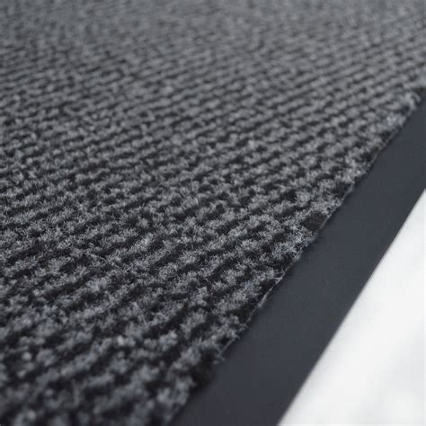 tapis entr 233 e accueil anti salissures 224 la coupe anthracite larg 0 90m
