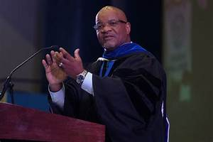 At convocation, Bynum tells new enrollees to prepare for ...