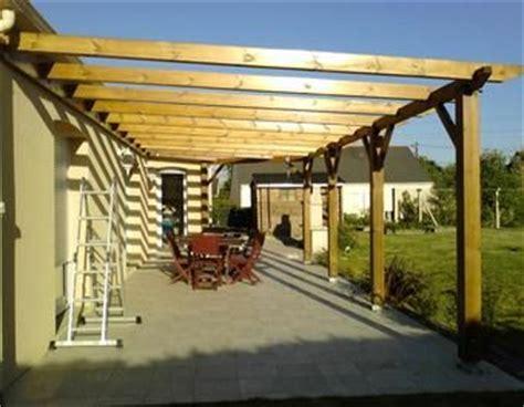 construction d une pergola en bois bois brande de bruy 232 re pergola pergolas et