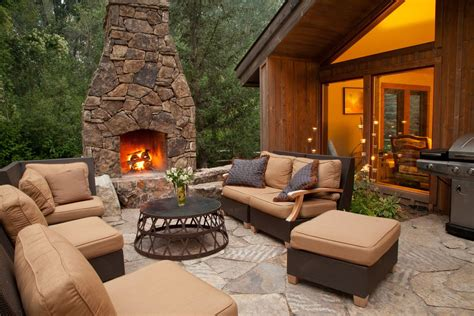 Outdoor Fireplaces : How To Build An Outdoor Fireplace