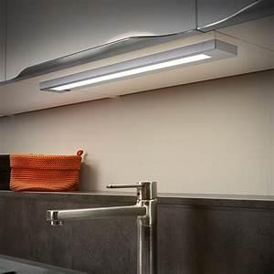 Fronttüren Für Küchenschränke : led unterbauleuchte in titanfarben mit 55cm f r k chenschr nke lampen led ~ Markanthonyermac.com Haus und Dekorationen