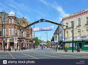 Major road box junction in East Ham with main shopping ...