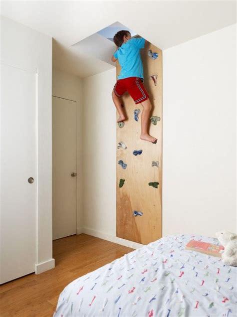 les 25 meilleures id 233 es concernant mur d escalade sur enfants escaladant les murs