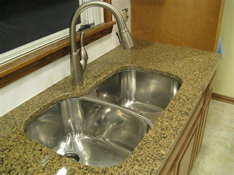 Delta Faucet Leaking Sink by Kitchen Wonderful How To Fix A Leaky Kitchen Faucet Hose