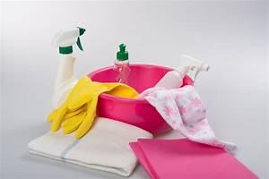 Wohnung Putzen Checkliste : putzen beim umzug so findest du passende dienstleister ~ Markanthonyermac.com Haus und Dekorationen