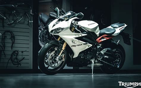 Triumph Daytona 675r Hd Wallpaper
