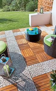 Terracotta Fliesen Terrasse : holzfliesen balkon ~ Markanthonyermac.com Haus und Dekorationen