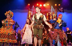 Peter Pan review at Motherwell Theatre