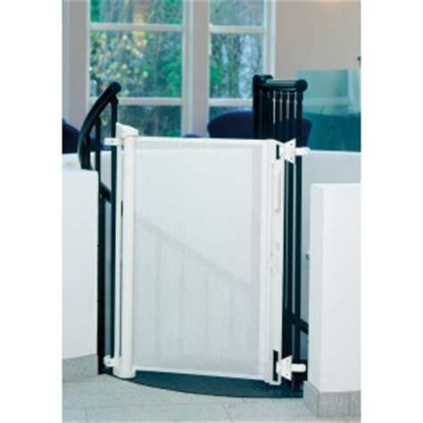barriere escalier assistante maternelle agr 233 233 e faire