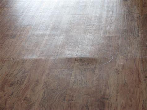 trafficmaster glueless laminate flooring