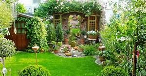 Garten Sitzecke Gestalten : reihenhausgarten gestalten wissen tipps und tricks mein sch ner garten ~ Markanthonyermac.com Haus und Dekorationen