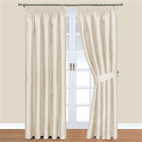 blackout curtains bed bath beyond fair blackout shades bed bath and beyond green painted wall