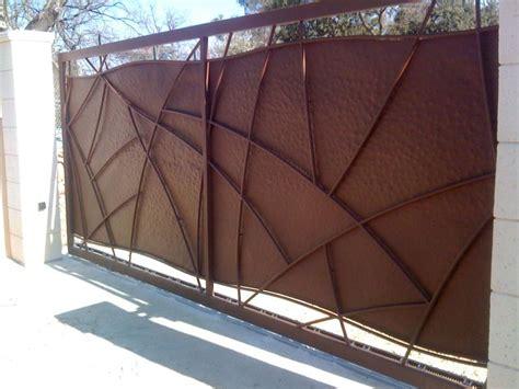 portail acier moderne contemporain portails fer forg 233 aubagne miramas aix en provence