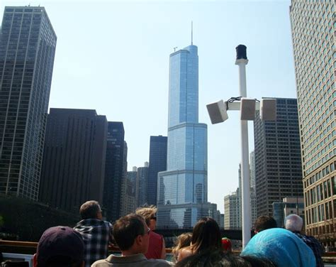 Architecture Boat Tour Chicago Trump Tower by Experiencing Chicago S Architecture Through A Boat Tour