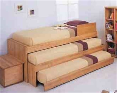 3 person bunk bed 3 person bed bunk beds playrooms