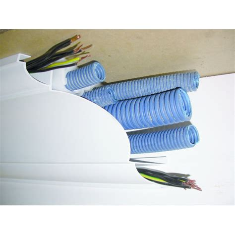 goulotte corniche de plafond cache tuyaux ou gaines 233 lectriques goulotte corniche insysteme