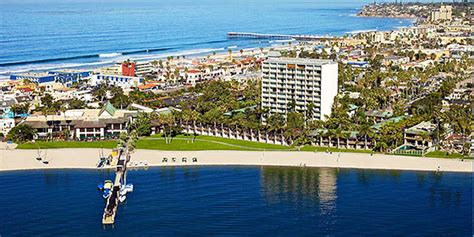 Catamaran Hotel Entertainment by Relaxin In San Diego At The Catamaran Resort Hotel Spa