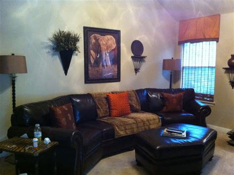 jungle themed living room peenmedia