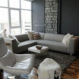Kleines Wohnzimmer Gestalten : wohnzimmer grau in 55 beispielen erfahren wie das geht ~ Markanthonyermac.com Haus und Dekorationen