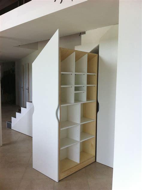 placards sur mesure sous escalier les ateliers du c 232 dre cuisine et agencement