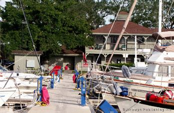 Boat Supplies Vero Beach by Vero Beach Municipal Marina Atlantic Cruising Club