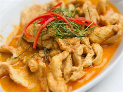 photo de recette poulet au curry et noix de coco marmiton