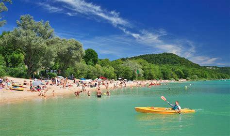 la pergola lac de chalain marigny jura tourisme