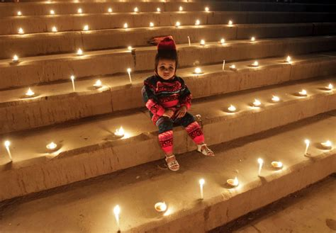 Happy Diwali 2014 10 Best Quotes And Messages To Share On Festival Of Lights  Ibtimes India