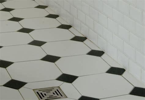formidable carrelage damier noir et blanc salle de bain 8 acheter carrelage carrelage r233tro