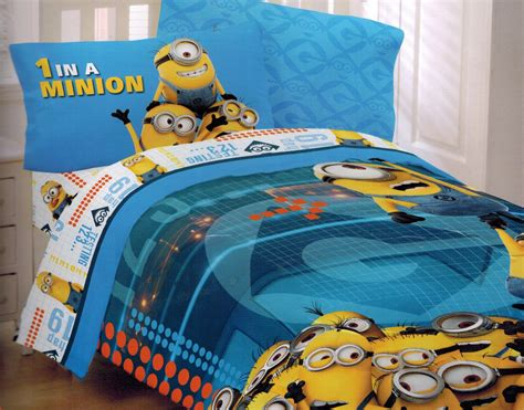 despicable me 2 bed set minions at work groovy gear
