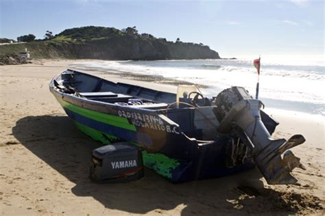 Panga Boat Lands In Crystal Cove by Laguna Beach Local News Drug Smugglers Seized In Crystal