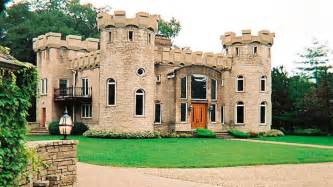 17 best ideas about mansions on mansions homes small castle style house mini mansions houses italian