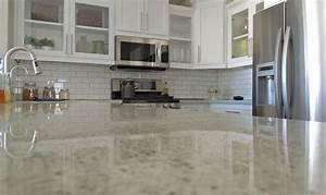 Granitplatte Küche Preis : kashmir white der widerstansf hige kashmir white ~ Markanthonyermac.com Haus und Dekorationen