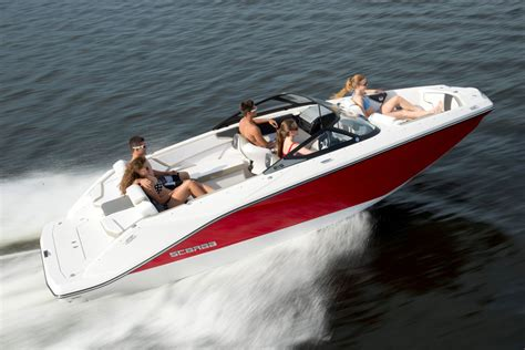 Scarab Wake Boat Reviews by Scarab 215 Blast Off On A Jet Boat Boats