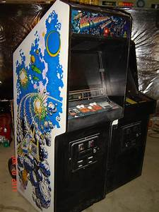 asteroids deluxe arcade machine