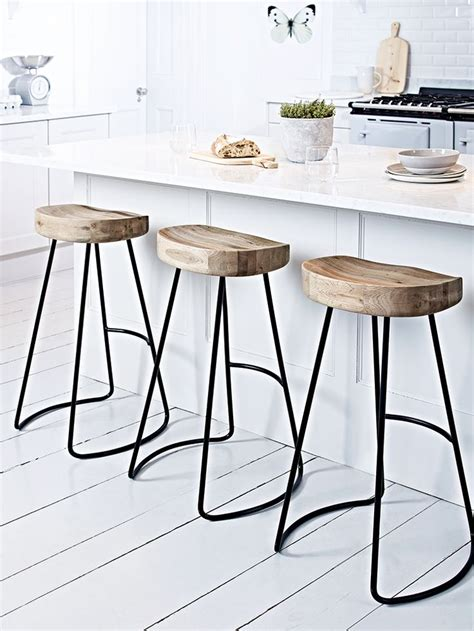 Breakfast Bar Stools  A Great Addition To Your Kitchen