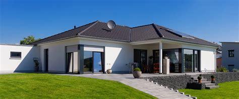 Ibs Haus Wohnbau Gmbh  Massives Bungalowhaus 99170