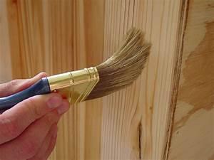 Holz Mit Wandfarbe Streichen : terrassen berdachung streichen schutz pflege durch farbbehandlung ~ Markanthonyermac.com Haus und Dekorationen