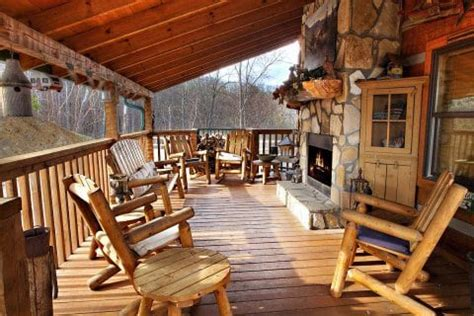 4 Awesome 4 Bedroom Cabins In Gatlinburg Perfect For Your