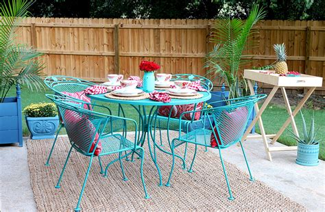 Paint For Wrought Iron Garden Furniture how to paint patio furniture with chalk paint 174
