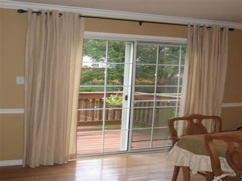 Window Treatment Ways For Sliding Glass Doors-theydesign