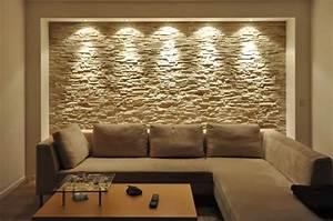 Maler Ideen Wohnzimmer : wandgestaltung mit riemchen ~ Markanthonyermac.com Haus und Dekorationen