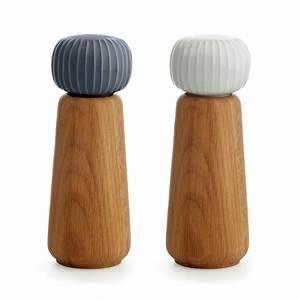 Stelton Salz Und Pfeffermühle : hammersh i salz und pfefferm hle von k hler design connox ~ Markanthonyermac.com Haus und Dekorationen