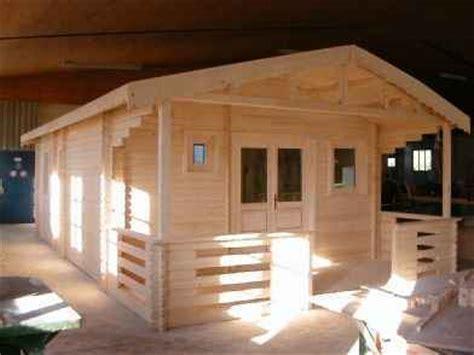 maison ecologique kiten maison en bois en parois de madrier massif 180mm kit pr 234 t 224 monter